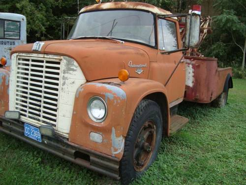 1954 International Loadstar 1600 Tow truck For Sale (picture 2 of 6)