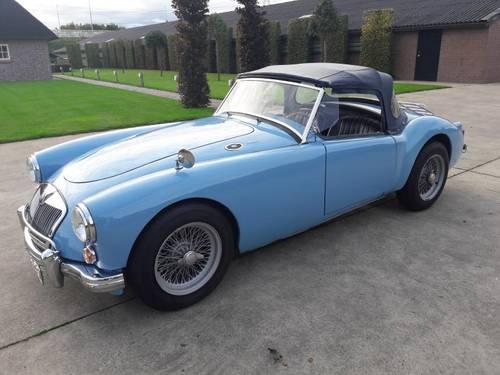 MGA BLEU 1959 1600CC BEAUTIFUL CAR. SOLD (picture 2 of 6)