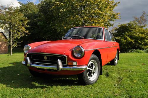 2020 Classic car sales, servicing & restoration. We buy classics  (picture 2 of 5)