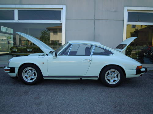 Stunning Porsche 911 2.7 S from 1977 For Sale (picture 3 of 6)