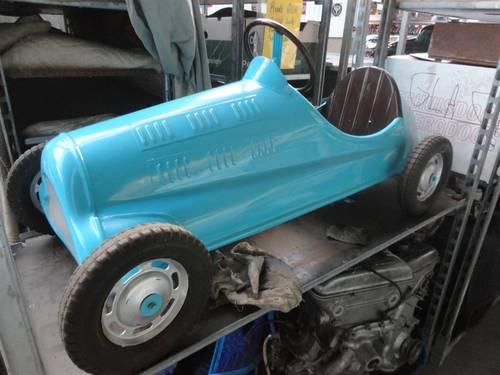 Several nice pedal cars For Sale (picture 1 of 6)