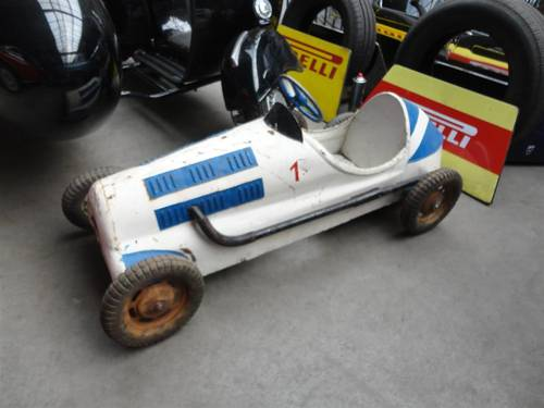 Several nice pedal cars For Sale (picture 4 of 6)