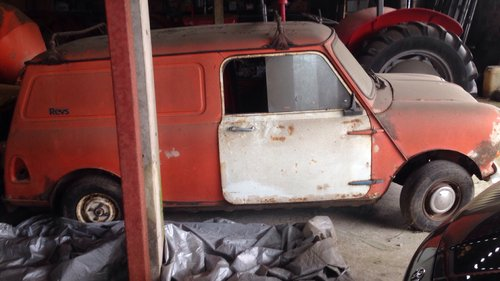 1980 Mini Van Restoration project for sale For Sale (picture 2 of 2)